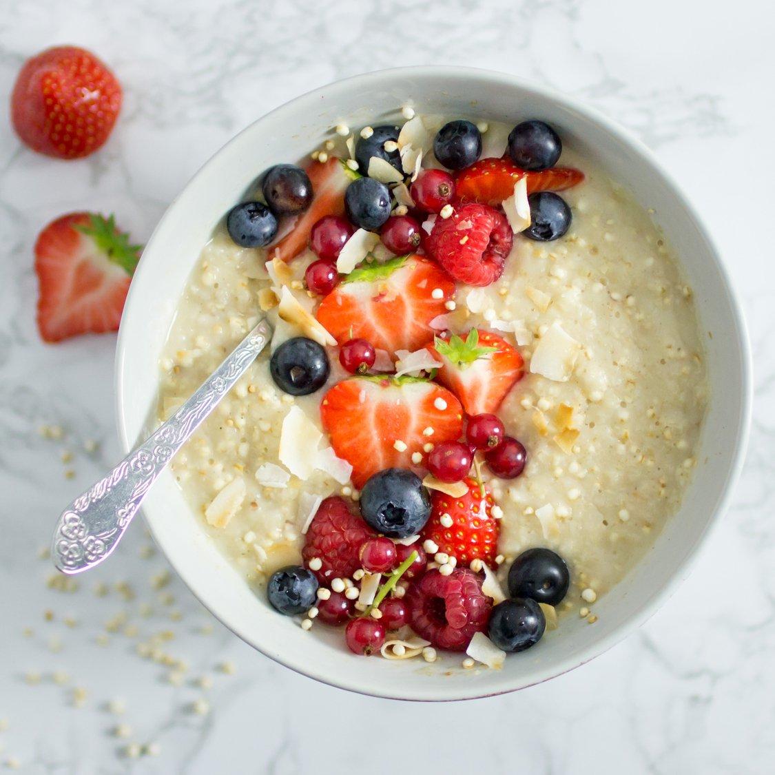 Kokos Haferflocken mit Quinoa