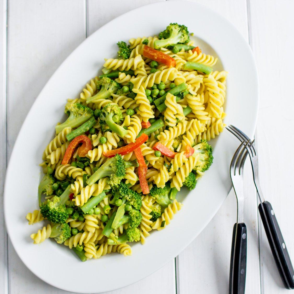 Curry Pasta mit Gemüse