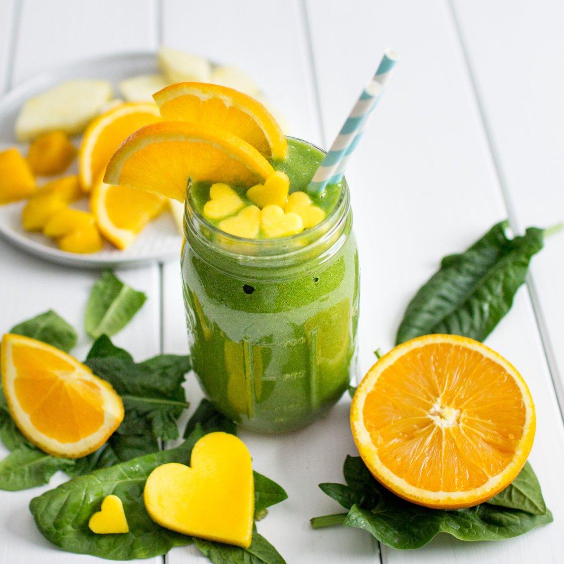 Orangen Mango Ananas Smoothie