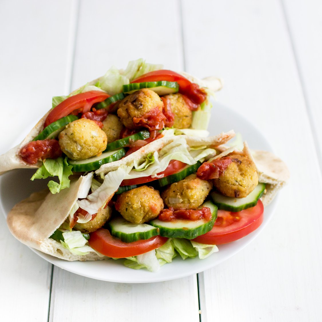 Pita mit Kichererbsen-Falafel
