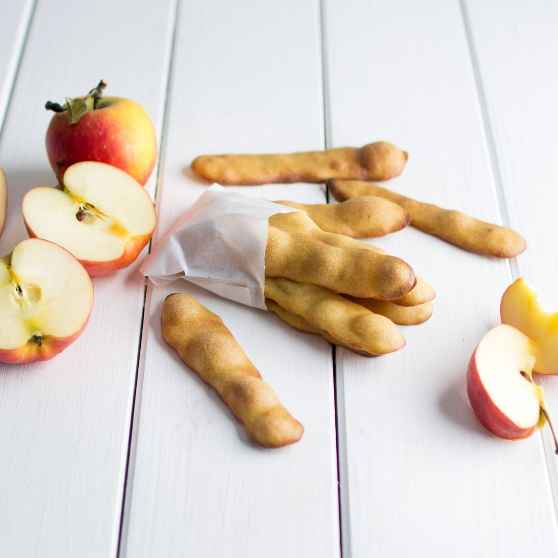 Dinkel-Apfel-Biskuits