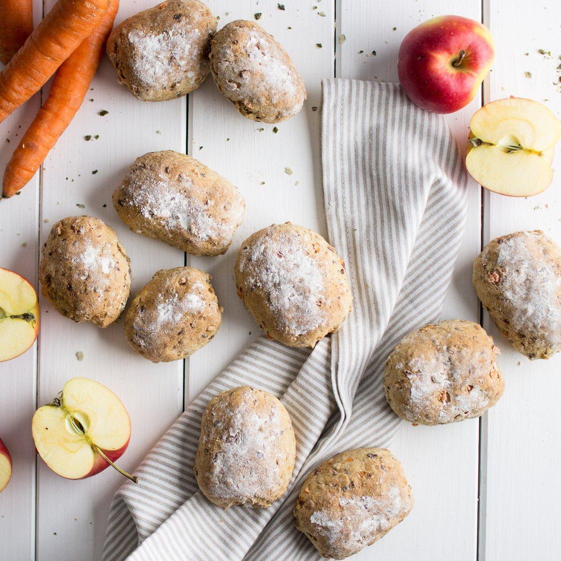Möhren-Apfel-Brötchen