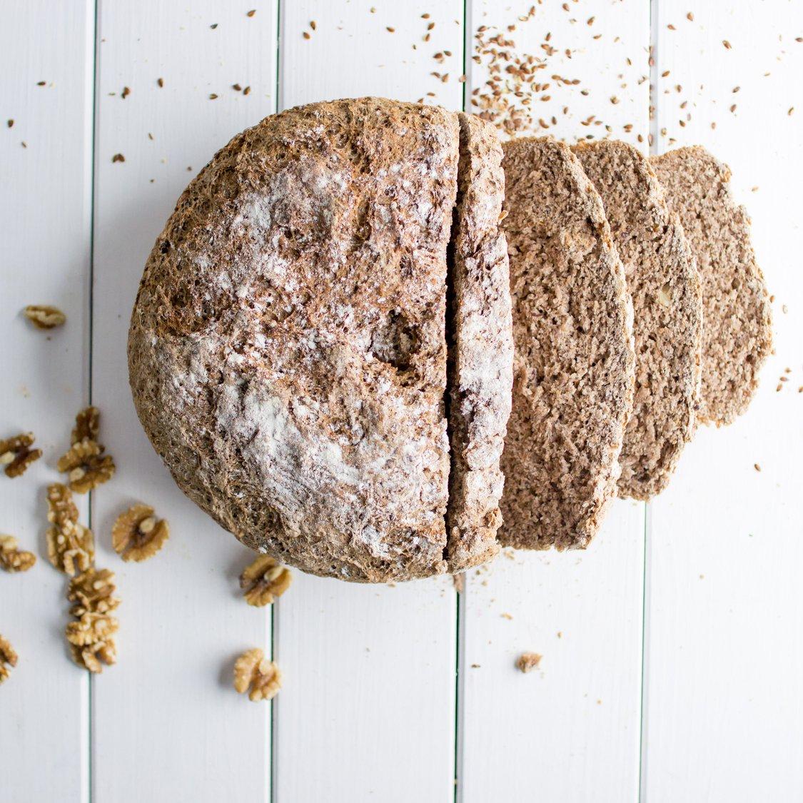 Getreide-Walnuss-Brot